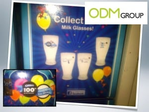 Oreo 100th Birthday GWP Milk Glasses2 300x225 Oreo 100th Birthday   GWP Milk Glasses