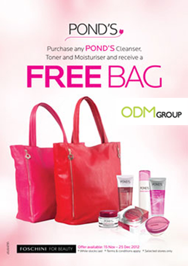 Bag as Gift with Purchase by Pond's