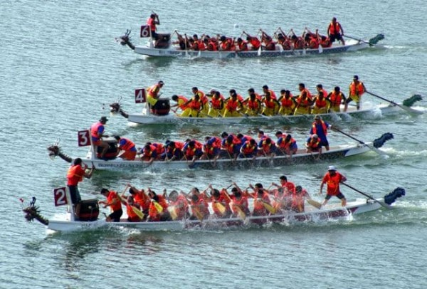 Offices closing for Dragon Boat Holiday