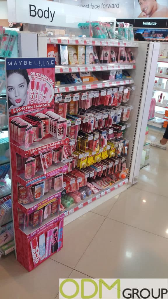 In-Store POS Display by Maybelline to Boost Visibility