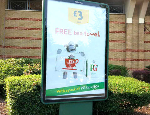 Truly British GWP Idea – Free tea towel by PG tips