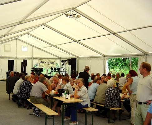 Beer_Table_tent