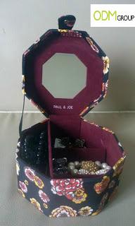 Paul & Joe Branding on Accessories Box