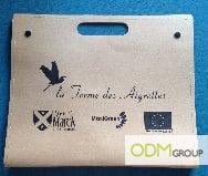 Folder giveaway - exterior