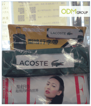 Customized luggage belt from Lacoste with Elle.