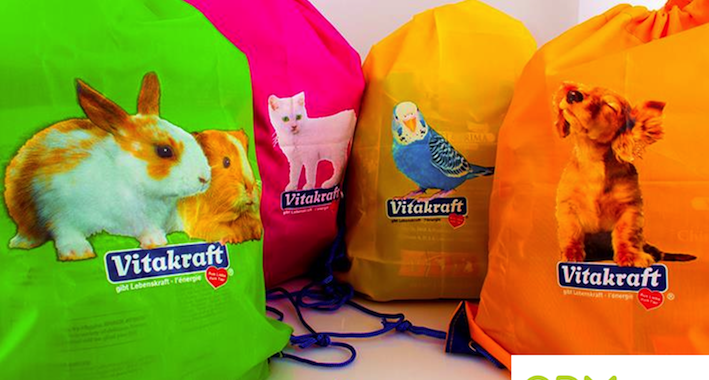 Please your dog, cat or bird with these drawstring bags full of delicacies
