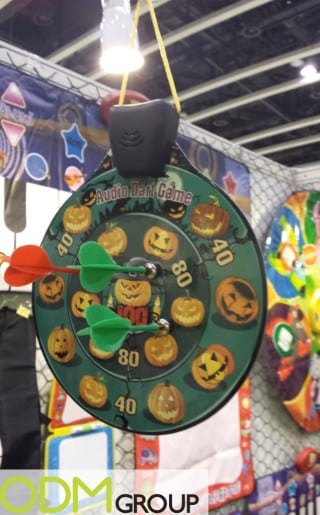 Customized magnetic dartboard with a sound function