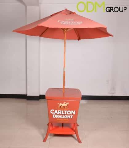 Customizable Umbrella Cooler Table for Brand Awareness