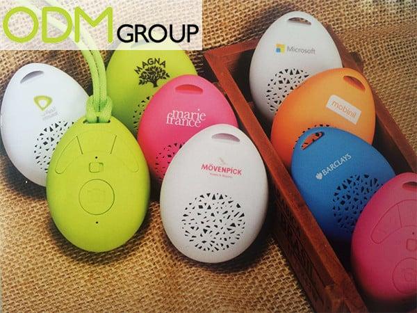 Customised device: All-in-1 Bluetooth Speaker+Microphone+Selfie Remote