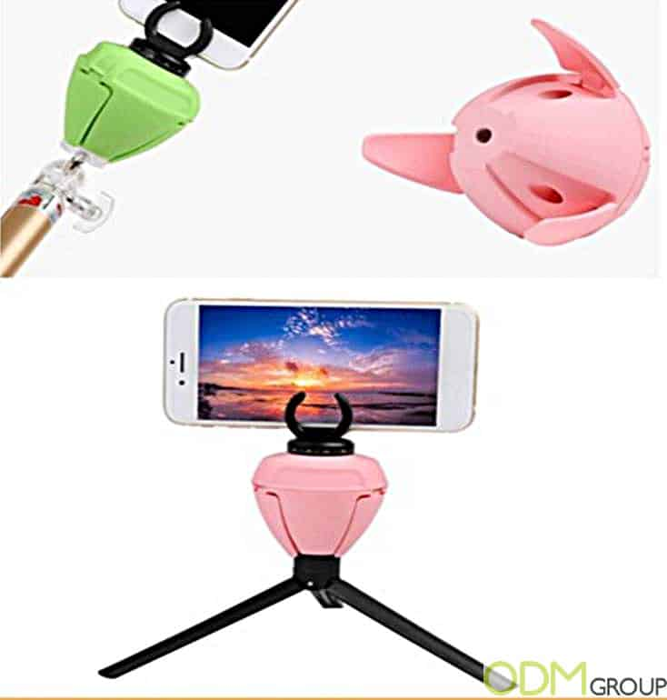 Innovative Bluetooth Devices - 360 Degree Rotating Selfie Mount