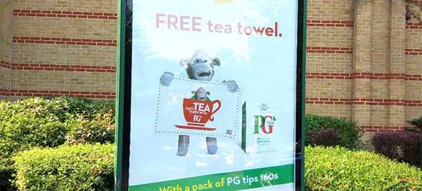 Truly British GWP Idea - Free tea towel by PG tips