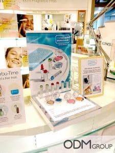 cosmetics POS display clinique