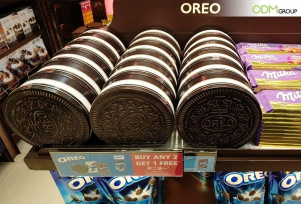 Why We Love Oreo's Custom Food Packaging for Brand Promotion