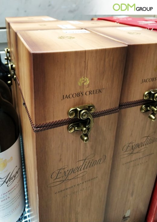 Custom Wine Packaging for Jacob's Creek : A Vintage Design