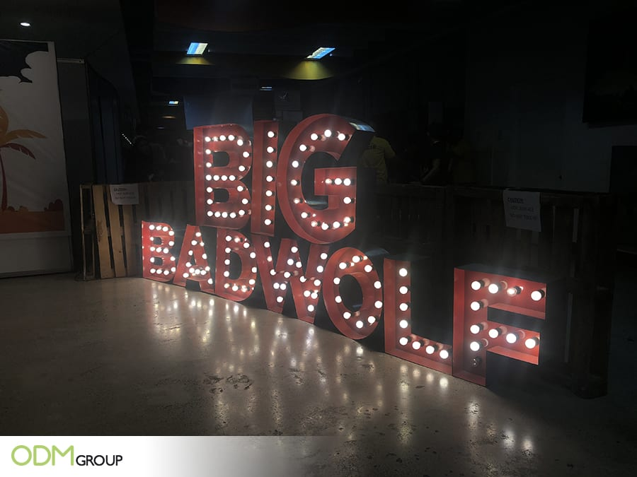 8de5d995de3df Big Bad Wolf Attracts Customers Using These Large Custom 3D Signs