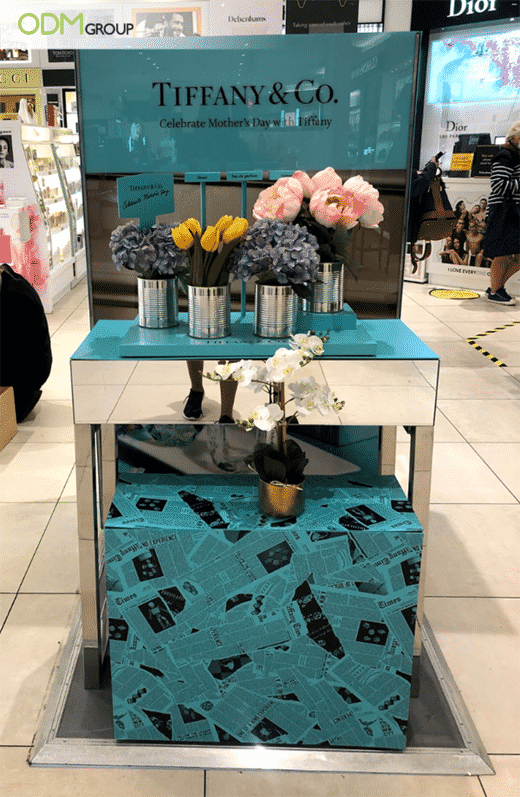 Unveil Your New Collections with Fresh & Classic Visual Merchandising Display