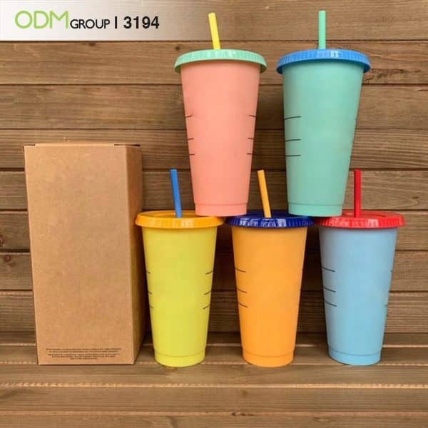 Innovative Merchandise - Color Changing Cups