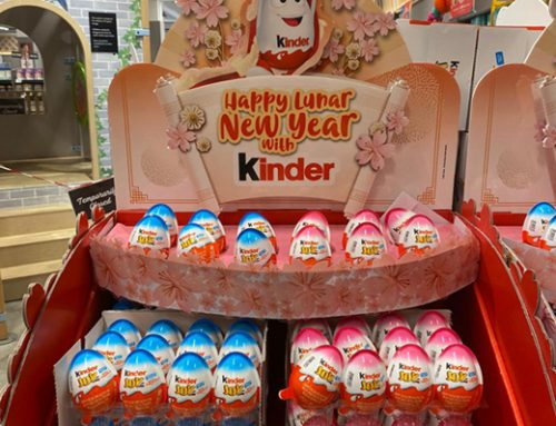 Celebrate CNY with Kinder Bueno's Retail Chocolate Display Stand!